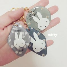Resin Jewelry Making, Miffy, Resin Crafts, Diy And Crafts, Polymer Clay, Kawaii, Personalized Items, Christmas Ornaments, Holiday Decor