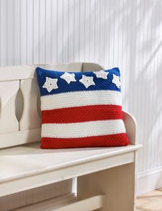 Patriotic Pillow - Give a cheer for the red, white and blue with this patriotic pillow. It's perfect as a décor piece and is sure to spruce up any 4th of July party. (from the June 2015 issue of I Like Crochet)