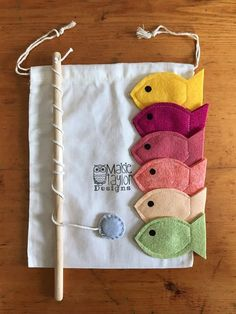 Kids magnetized fishing game with handmade felt pieces in a custom Maisie Taylor Designs muslin storage bag. Perfect game to go for road trips, airplane rides a Toys For Boys, Kids Toys, Diy Toys For Toddlers, Boy Toys, Vintage Kids Fashion, Felt Fish, Educational Toys For Toddlers, Waldorf Toys, Handmade Felt