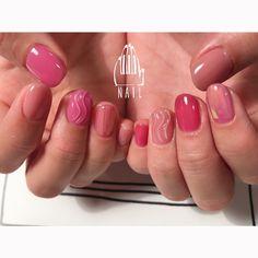 "111NAIL on Instagram: ""⚪️▫️⬜️◻️⚪️#nail#art#nailart#ネイル#ネイルアート#うねうねネイル#peach#pink#juicy#シロップネイル#ショートネイル#ネイルサロン#nailsalon#表参道#シロップ111 #pink111"""