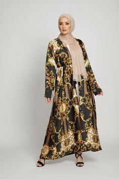 Abayas: Find Open & Closed Women's Abayas for Sale Online Modern Abaya, Islamic Clothing, Online Collections, Sleepwear Women, Material Design, Creative Design, Versace, Stylish, Lady