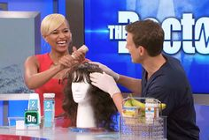 Family medicine physician Dr. Rachael Ross shares an all-natural DIY recipe to get smooth, frizz-free hair at home!