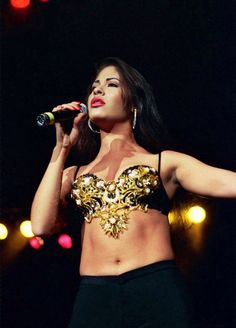 — inoblidable: Selena Quintanilla in Monterrey,. Selena Quintanilla Perez, Selena Gomez, Selena Selena, Michael Jackson, Beyonce, Divas, Selena Pictures, Mundo Musical, Selena And Chris