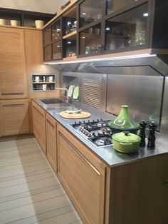 Stainless Steel Countertops Perfect For Hardworking, Stylish Kitchens