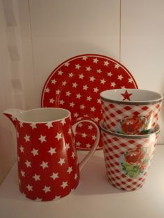 GreenGate Stoneware Plate and Jug Star Red, Mugs from Krasilnikoff
