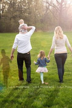 Moving Family Portrait Helps Parents Heal After Infant Loss