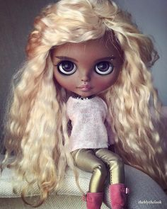 - Rio - #blythe #blythedoll #blythecustom #blythestagram #customblythe #customdoll #doll #dolls #dollstagram #dollphotography #guyswithdolls #blythemagic #mylovelytoys #mygirls❤️