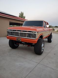 Ford 4x4, Ford Pickup Trucks, Best 4x4, New Drive, Classic Ford Trucks, Custom Muscle Cars, Rims And Tires, Old Fords, Pearl Cream