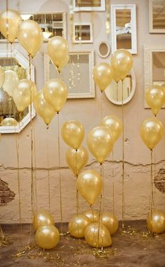 Gold Balloons Party Decor