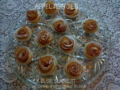 Picture Easy Tart Recipes, Angle Food Cake Recipes, Pie Recipes, Cookie Recipes, Recipies, Snack Recipes, Milktart Recipe, Mini Tart Shells, Malva Pudding