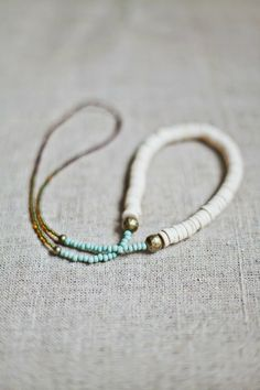 could totally make this, if I had the beads. ;o I likes it. Play around with the colors. swap the blue for a light sage green.
