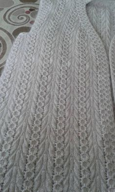 This Pin was discovered by Ire Knitting Stiches, Crochet Stitches Patterns, Baby Knitting Patterns, Lace Knitting, Crochet Shawl, Knitting Designs, Crochet Lace, Knit Vest Pattern, Crochet Bedspread