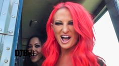 Butcher Babies - BUS INVADERS Ep. 875