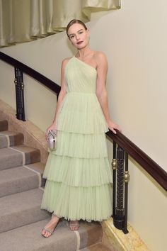 Gorgeous in green: Kate Bosworth was the picture of sophistication in a pistachio green Jason Wu gown with sparkling silver clutch at the Learning Lab Ventures 2019 gala in Beverly Hills on Thursday Celebrity Red Carpet, Celebrity Dresses, Celebrity Style, Nice Dresses, Prom Dresses, Formal Dresses, Sheath Dresses, Evening Dresses, Tulle Dress