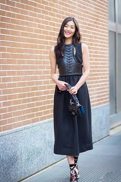 #HowToWearBlackDress #StreetStyle