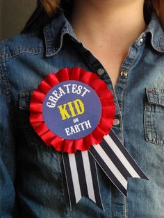 Oleander and Palm: Circus Birthday Party - Greatest Kid on Earth Badge Carnival Party Supplies, Circus Party Decorations, Diy Carnival, Carnival Birthday Parties, Carnival Themes, Circus Birthday, First Birthday Parties, Birthday Badge, Holiday Club