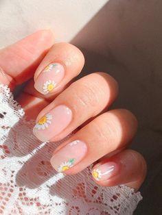 Chic Nails, Stylish Nails, Korean Nail Art, Asian Nail Art, Korean Nails, Asian Nails, Glow Nails, Kawaii Nails, Minimalist Nails