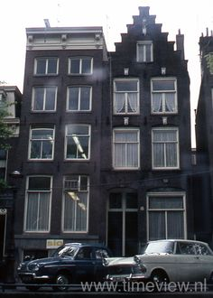 A044. Amsterdam houses