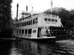 Mark Twain Steam Boat by hbmike2000, via Flickr