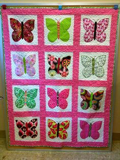 Hannah would love a quilt like this!!