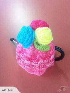 Rose tea cosy | Trade Me