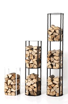 You need a indoor firewood storage? Here is a some creative firewood storage ideas for indoors. Firewood Stand, Firewood Holder, Indoor Log Storage, Stacking Wood, Fire Pit Grill, Wood Store, Wood Shed, Rack Design, Steel Furniture