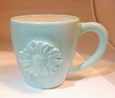 STARBUCKS 2006 Rare Coffee Tea Mug Daisy flower, Hand-Painted in Sky Blue,18 Oz http://cgi.ebay.com/ws/eBayISAPI.dll?ViewItem&item=290977367085&ssPageName=STRK:MESE:IT