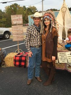 Trunk or Treat Ideas for Church Cowboy and Indians Costumes Indian Halloween Costumes, Theme Halloween, Halloween Foods, Halloween Ideas, Family Costumes, Diy Costumes, Costume Ideas, Cowboy And Indian Costume, Cowboy Party Costume
