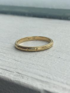 Your place to buy and sell all things handmade Wedding Band Engraving, Tiffany And Co, Macro Photography, 18k Gold, Wedding Bands, Buy And Sell, Engagement Rings, Stuff To Buy, Etsy