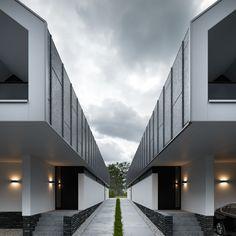 George Nijland maakt sinds 1998 visualisaties van architectuurprojecten, interieurs en industriële objecten. Pakkend beeld,…