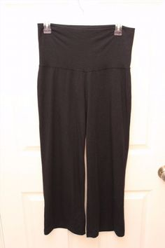9.72$  Watch here - http://vibwf.justgood.pw/vig/item.php?t=f2j88343897 - Large Old Navy Maternity Gaucho Black Capris Comfy Lounge Pants Size Small