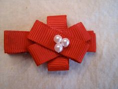 Smashed Peas and Carrots: Gift Bow Hair Clip Tutorial