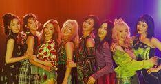 soshi-mylovejeti.blogspot.com: SNSD @ 6th Album 'Holiday Night' _ Part 2 Snsd, Yoona, Sooyoung, Girls Generation, Girls' Generation Taeyeon, Kpop Girl Groups, Korean Girl Groups, Kpop Girls, Yuri