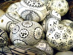 From The 2 Seasons...It's time to make these unusual Easter eggs.  Get out the Sharpie and put the kids (and you) to work.