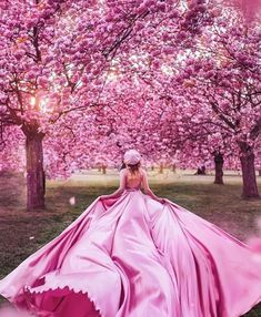 """"""" When She Puts on Her Skirt, She Amazed the World"""" Girl Pictures, Girl Photos, Girl Photography, Fashion Photography, Photography Ideas, Fotografie Portraits, Images Esthétiques, Girls Dresses, Prom Dresses"""