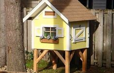 Trictle's Chicken Coop With Plans | BackYard Chickens - Learn How to Raise Chickens Chicken Coop Plans Free, Chicken Coop Blueprints, Small Chicken Coops, Best Chicken Coop, Backyard Chicken Coops, Chickens Backyard, Chicken Home, Chicken Garden, Urban Chickens