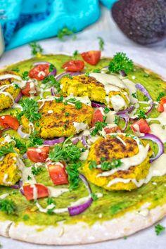 Mediterranean Vegan Pizza | #vegan #glutenfree www.contentednesscooking.com