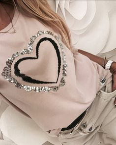 Sequins Heart Pattern Round Neck Long Sleeve Casual Sweatshirt Women's Online Shopping Offering Huge Discounts on Dresses, Lingerie , Jumpsuits , Swimwear, Tops and More. Trend Fashion, Womens Fashion, Punk Fashion, Lolita Fashion, Style Fashion, Sexy Bluse, Tops Online Shopping, Shirt Bluse, Casual T Shirts