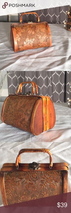 Vintage wooden purse Beautifully unique handmade wooden purse. Bags