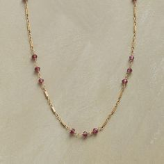 GARNET TRIOS NECKLACE
