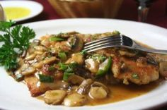 This Veal Marsala Recipe looks delicious, use Mountain States Rosen Veal Cutlets (labeled under Cedar Springs Nature Veal) for melt-in-your-mouth flavor every time. Veal Scallopini, Veal Cutlet, Gourmet Recipes, Cooking Recipes, Healthy Recipes, Dinner Recipes, Holiday Recipes, Dinner Ideas, Arrows