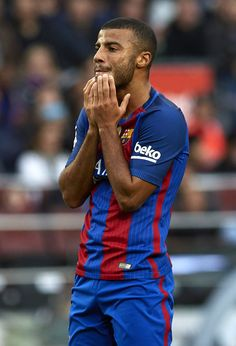 Rafinha of Barcelona reacts as he fails to score during the La Liga match between FC Barcelona and Malaga CF at Camp Nou stadium on November 19, 2016 in Barcelona, Spain.