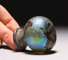 Roman dichroic glass dating back to II-III century CE