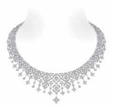 A modern Belle Epoque styled necklace of star-cut and flower-cut diamonds - the 'Dentelle d'hiver' highly articulated lace-like collar. Designed by Lorenz Bäumer for the Louis Vuitton collection. Black Gold Jewelry, High Jewelry, Belle Epoque, Bijoux Louis Vuitton, Louis Vuitton Presents, Louis Vuitton Collection, Do It Yourself Fashion, Jewellery Sketches, Chanel