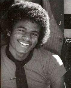 My baby! Michael Jackson - Cuteness in black and white ღ  @carlamartinsmj