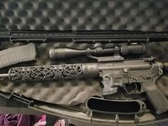 Customer photo of AR15 build featuring our Sugar Skull hand guard