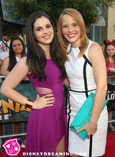 Vanessa Marano (Bay Kennish) and Katie Leclerc (Daphne Vasquez) - Switched at Birth #Switched