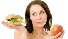 Yiyerek Kilo Verdiren 10 Yiyecek Bazı gıdaları yerken ve bazılarını da içerken kilo verebileceğinizi biliyor muydunuz?