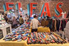 Looking for vintage finds, antiques, delicious food and craft goods? Look no further than the best flea markets in NYC.