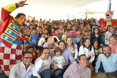 El presidente municipal; la presidenta del DIF de Morelia, Paola Delgadillo; regidores; y, funcionarios del Ayuntamiento de Morelia arrancaron las actividades del Festival del Día del Niño, en la Tenencia ...